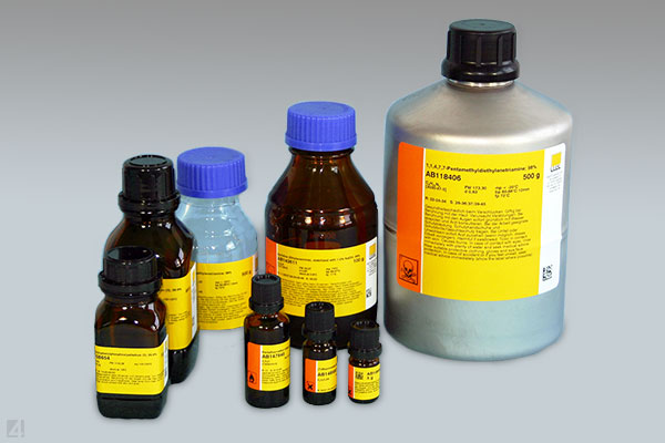 Produktaufkleber Chemikalienhandel productinformation chemical manufacturer